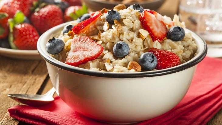 Против рака и болезней сердца: названа необычная, но полезная каша для завтрака