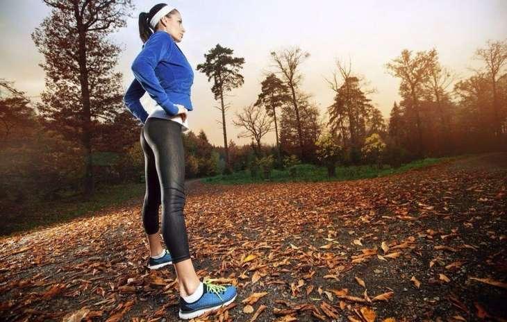 Занятия спортом осенью: как тренироваться и не заболеть