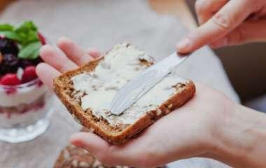 Употребление вредного жира может защищать от инсульта – исследование