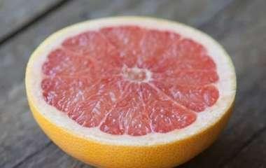Два фрукта могут быть опасными для людей, принимающих статины