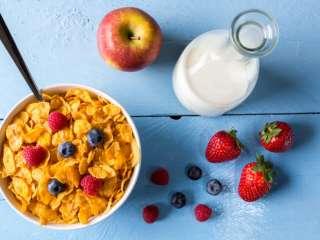 Сухие завтраки: стоит ли соблазняться быстрым и сладким блюдом и насколько это полезно для организма
