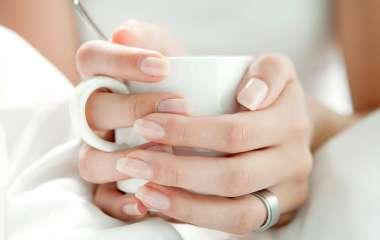 Симптомы на кончиках пальцев: эксперт объяснил, как распознать болезнь через ногти
