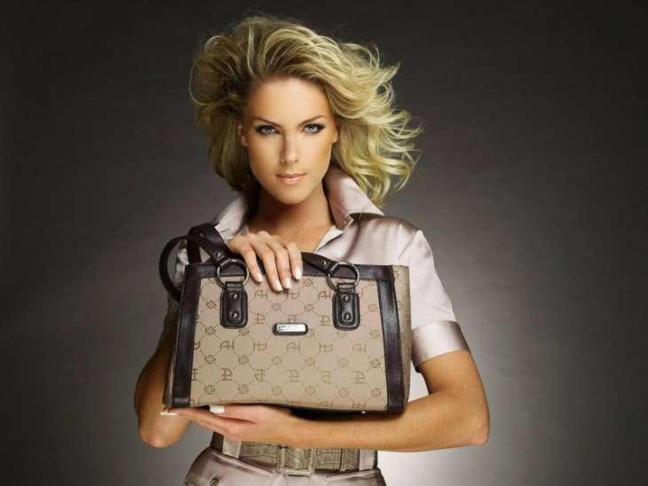 Особенности выбора женской сумочки