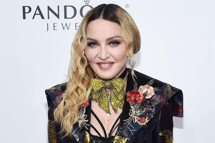 62-летняя Мадонна в объятиях 27-летнего бойфренда очаровала фанатов