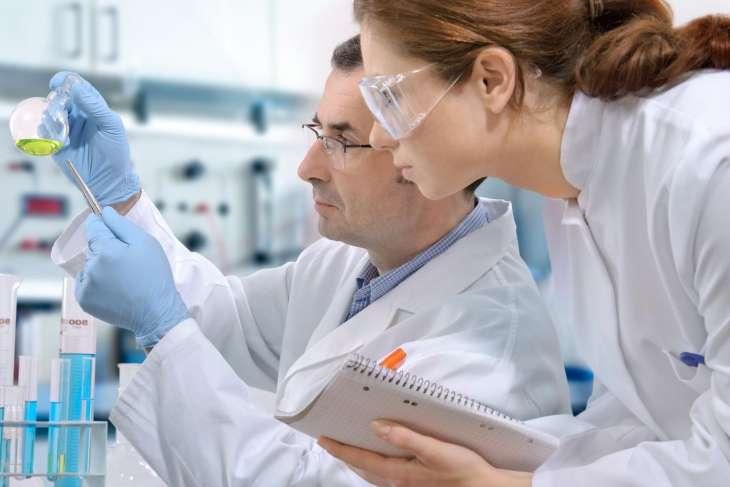 Врачи рассказали, почему мужчины болеют раком чаще женщин