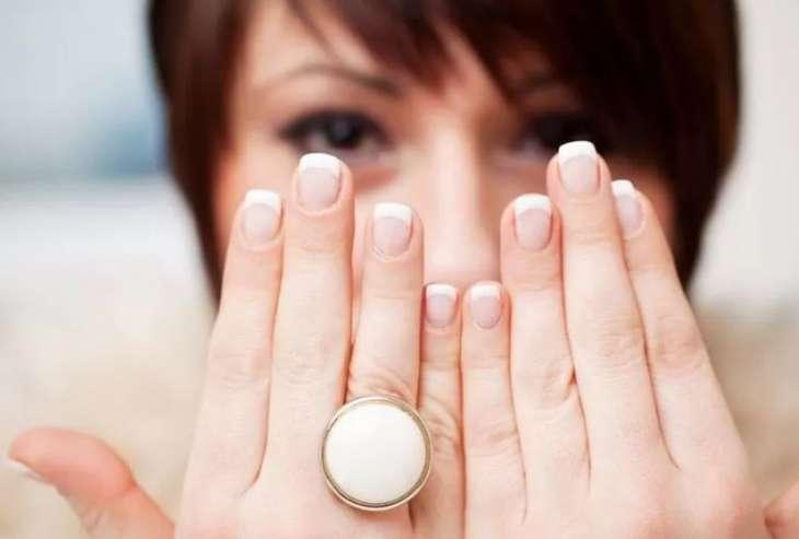 Эксперты рассказали, как ногти могут предупредить о раке