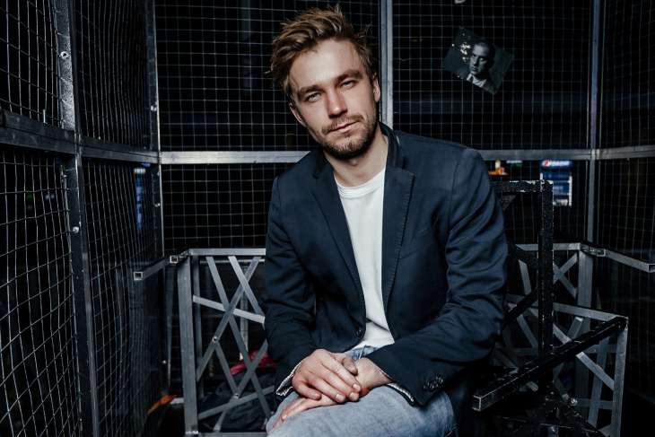 Александр Петров упал на красной дорожке московского международного кинофестиваля