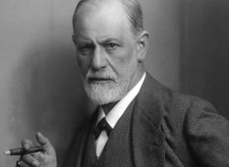 7 цитат Зигмунда Фрейда о том, как должна вести себя женщина в отношениях