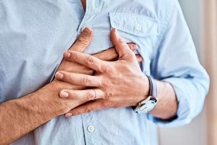 Головокружение, боль в ногах, одышка: немецкие кардиологи назвали симптомы инфаркта