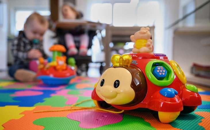 Игрушки в детской: возможности и особенности хранения