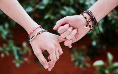 4 эффективных способа найти верную подругу