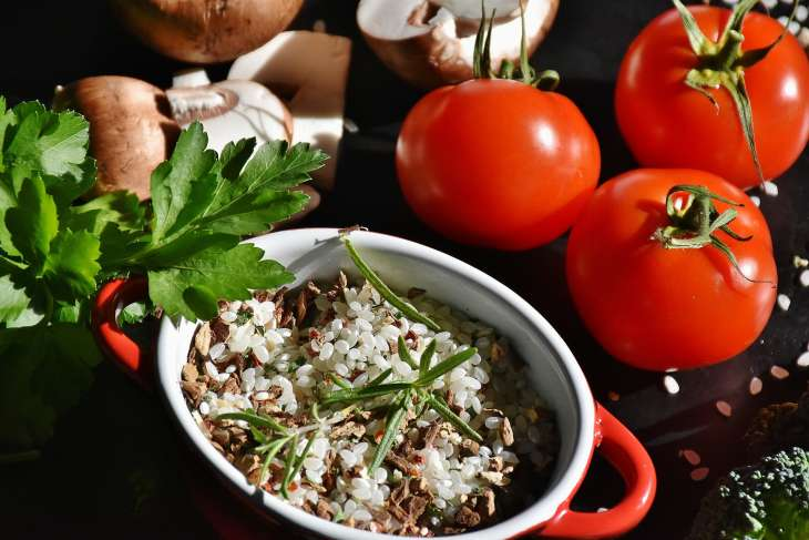 Рисовая диета: особенности и меню