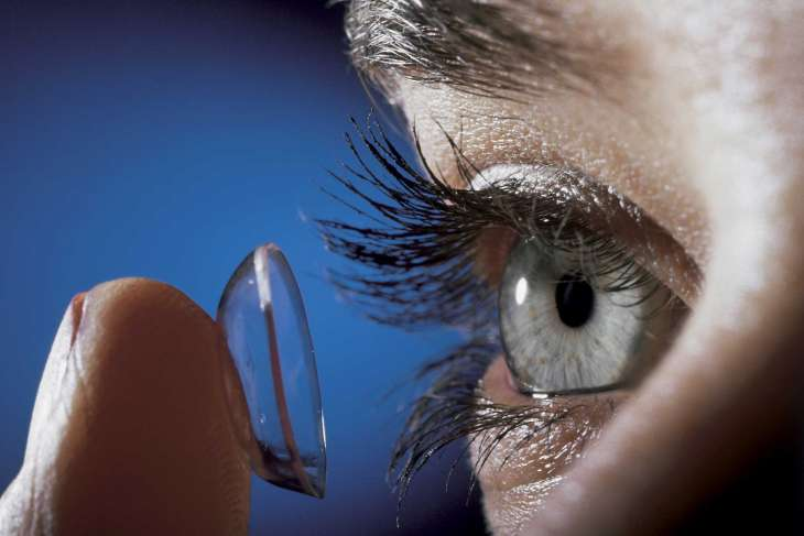 Особенности выбора и использования контактных линз