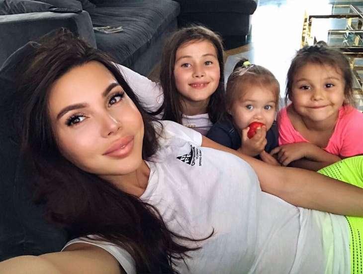 Оксана Самойлова перевела старшую дочь на домашнее обучение