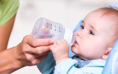Почему ваш ребенок пьет много воды?