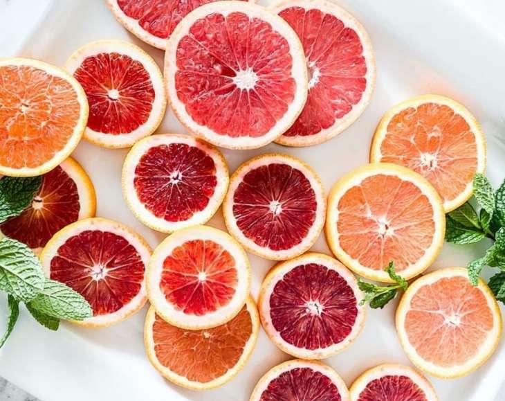 Три порции этих фруктов в день защитят память в пожилом возрасте