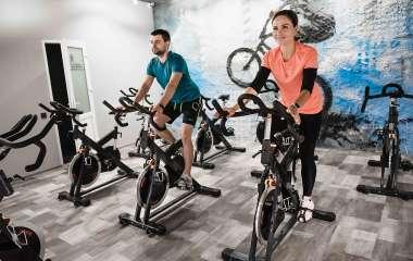 Велотренажер: вибираємо обладнання для ефективних тренувань