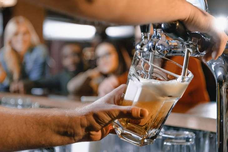 Врач назвала полезные свойства пива