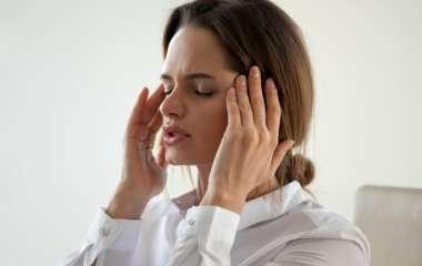 Головная боль напряжения: основные причины и методы лечения