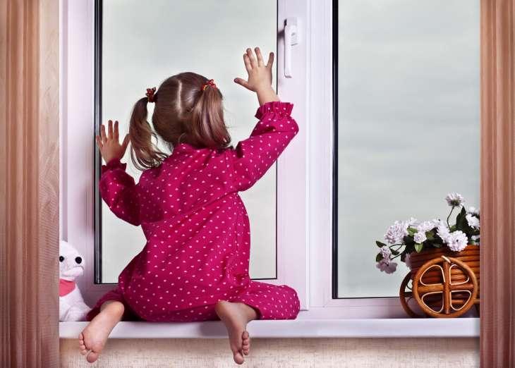 7 вещей в доме, которые нужно спрятать от маленьких детей