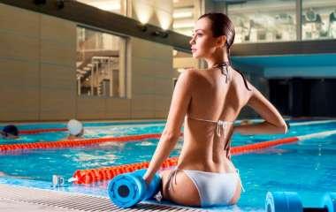 Аквааэробика: лучшие упражнения для фитнеса в воде