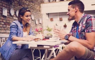 Какие комплименты не стоит делать мужчине на первом свидании