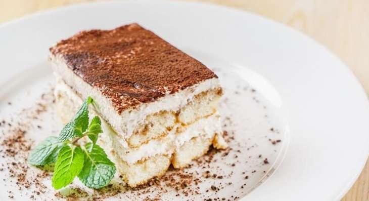 Французские диетологи рассказали о способе есть десерты и не толстеть