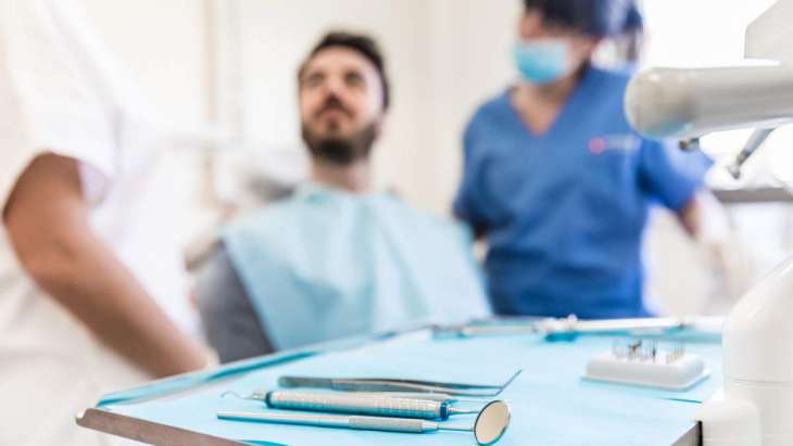 Стоматологи назвали причины не чистить зубы