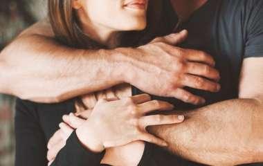 Любит ли тебя мужчина? 23 четких признака, чтоб понять это