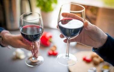 Специалисты объяснили почему резкий отказ от выпивки вреден для здоровья