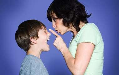 5 фраз, которыми грешат многие родители, а затем имеют проблемы в общении с детьми