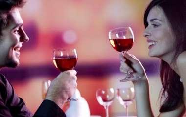 Самые счастливые пары - те, где муж и жена пьют вместе. Исследование