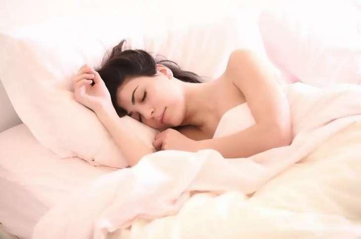 Постоянно хочется спать? Медики назвали семь причин упадка сил