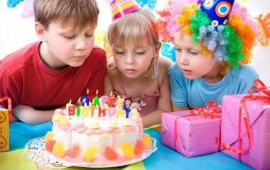 Организация детского праздника: бесплатная самодеятельность или затратное качество?