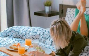 Есть в кровати можно! 20 восхитительных идей для завтрака в постель