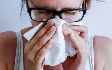 Врач рассказала, о каких серьезных болезнях может сигнализировать кровь из носа