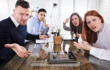 5 признаков того, что вы не сработаетесь с коллективом