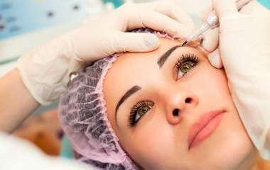 Обучение перманентному макияжу: в чем особенности процедуры?