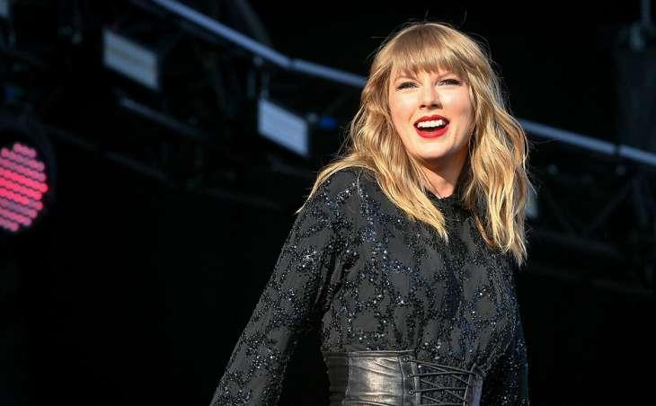 5 звезд, которые опозорились во время выступления перед фанатами