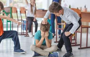 Буллинг в школе: как защитить ребенка? Практические советы для родителей