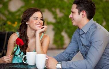 5 вещей, которые делают вас привлекательнее в глазах собеседника