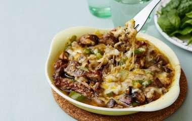 Как приготовить сочную говядину с лесными грибами в томатном соусе