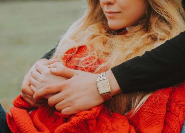 10 почти незаметных поступков мужчины, которыми он выражает свою любовь