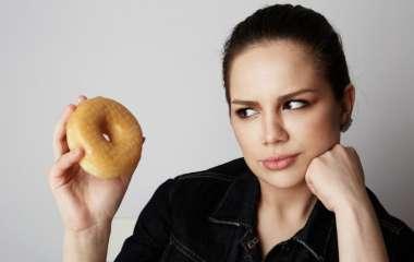 Врачи рассказали, какая еда вызывает отложение жира в области сердца