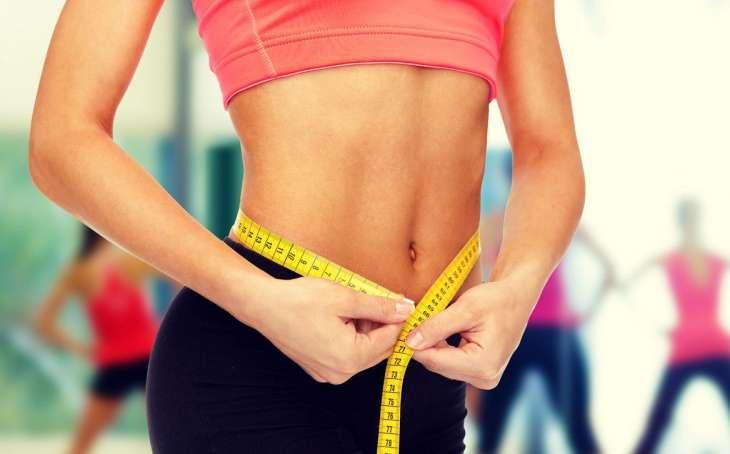 Диетологи назвали помогающие быстро избавиться от лишнего жира продукты