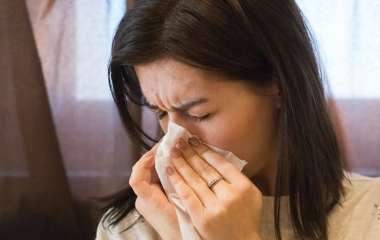 Врач рассказал, как отличить сезонную аллергию от простуды