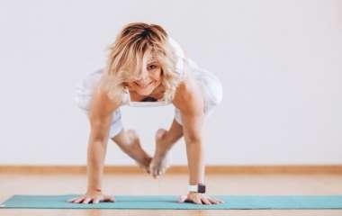 Асан из йоги, которые полезны для женского здоровья