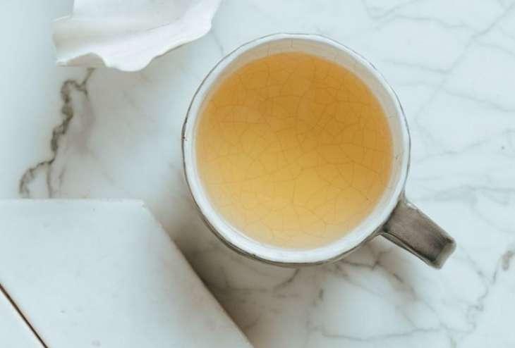 Как разжижать кровь, выпивая каждый день по чашке белого чая