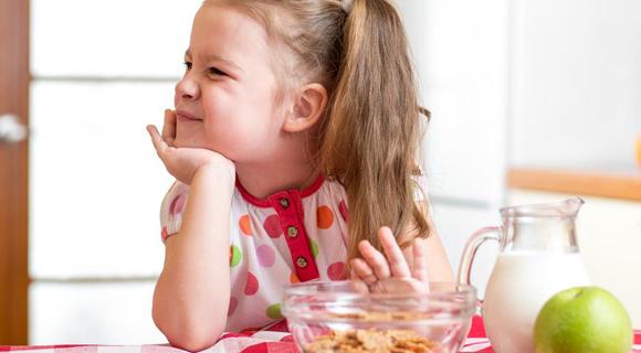 ребенок плохо кушает причины