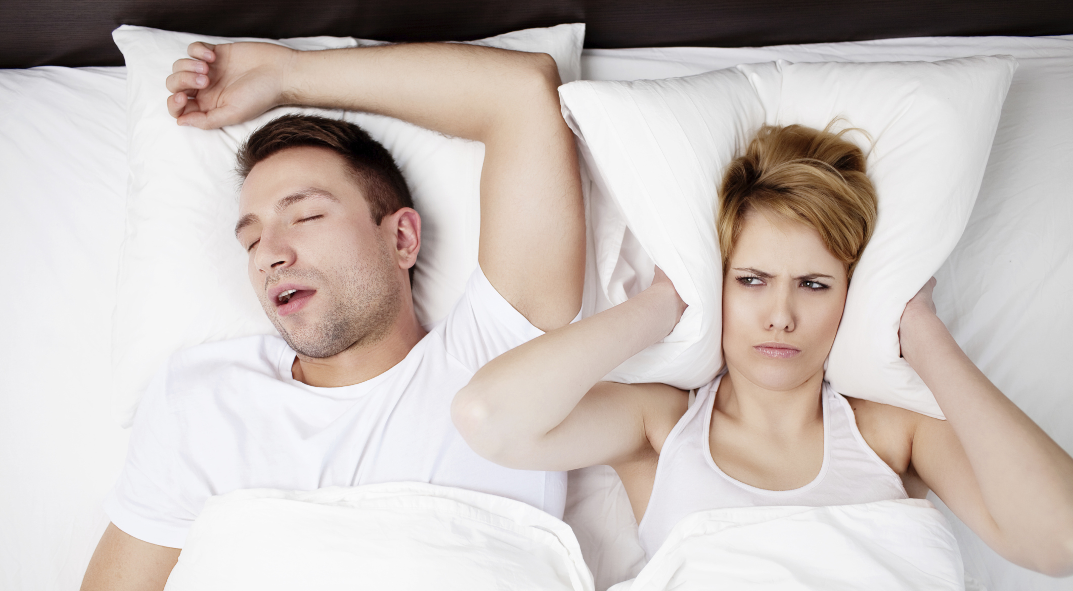 Муж очень сильно храпит не могу спать